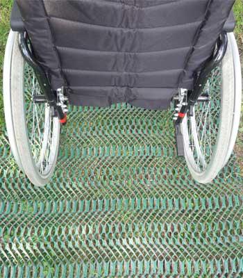 Location de caillebotis pour fauteuils roulants