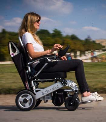 Location de fauteuil roulant électrique pour handicapé et pmr