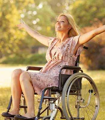 Location de fauteuil roulant manuel pour handicapés et pmr