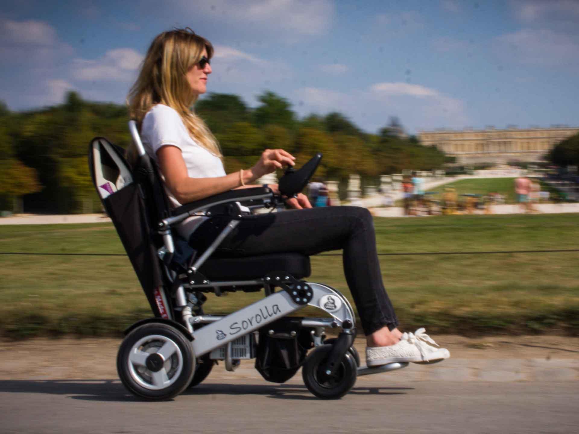 Louer un fauteuil électrique pour handicapé - tourisme et visite