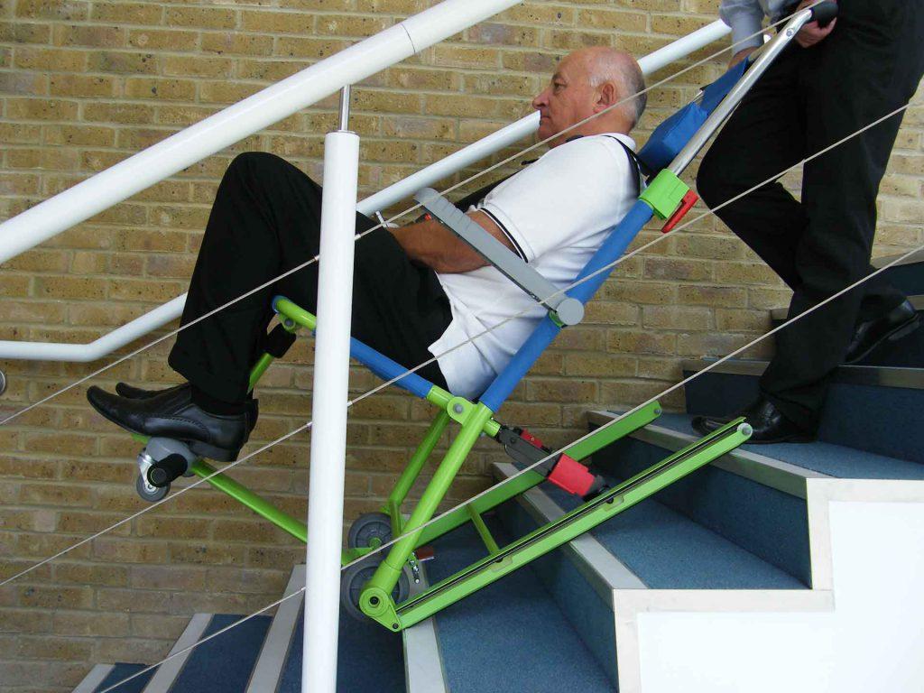 location chaise d 39 vacuation pour pmr et handicap s fauteuil incendie. Black Bedroom Furniture Sets. Home Design Ideas